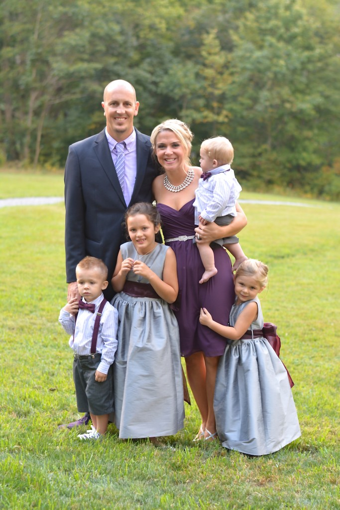 The bride's sister (who also happens to be my dear friend) and her amazing family...